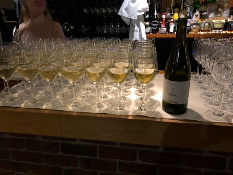 Godello A Coroa and 200 Cestos receive high praise in the United States